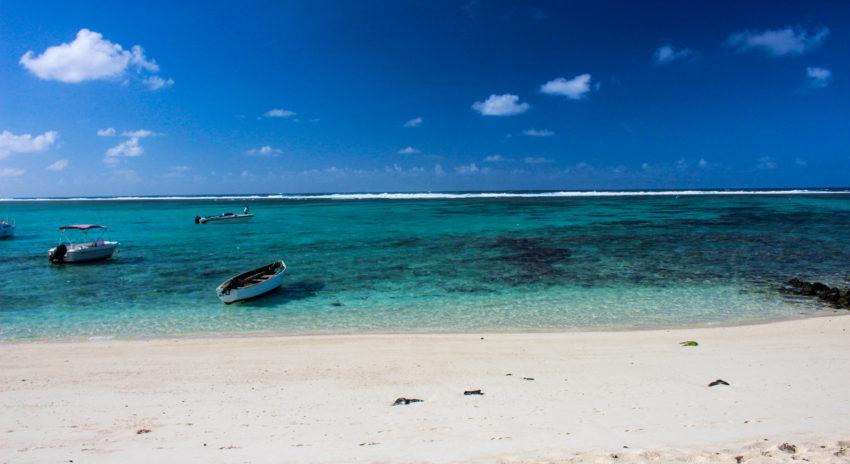 mauritius_bluebay_strand-1