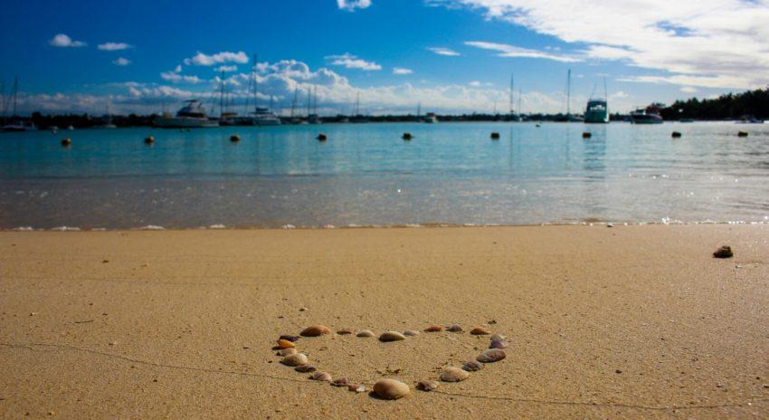 mauritius_grand-baie_beach_3