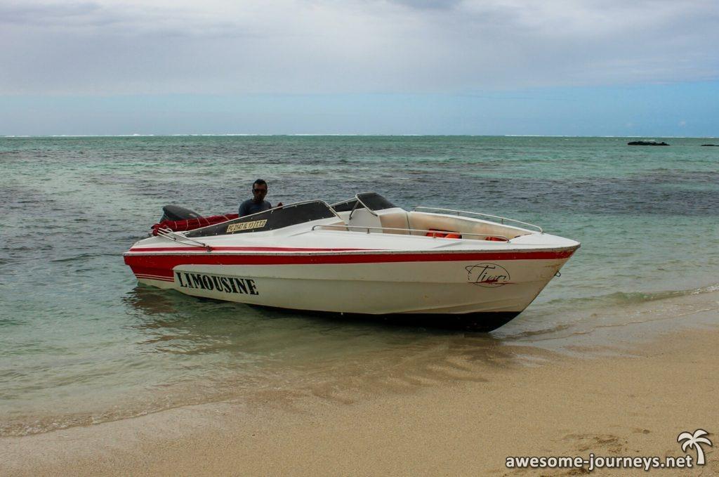 Mit dem Speedboat geht's zur Ile aux Cerfs