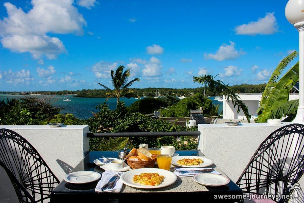 Frühstück auf der Dachterrasse