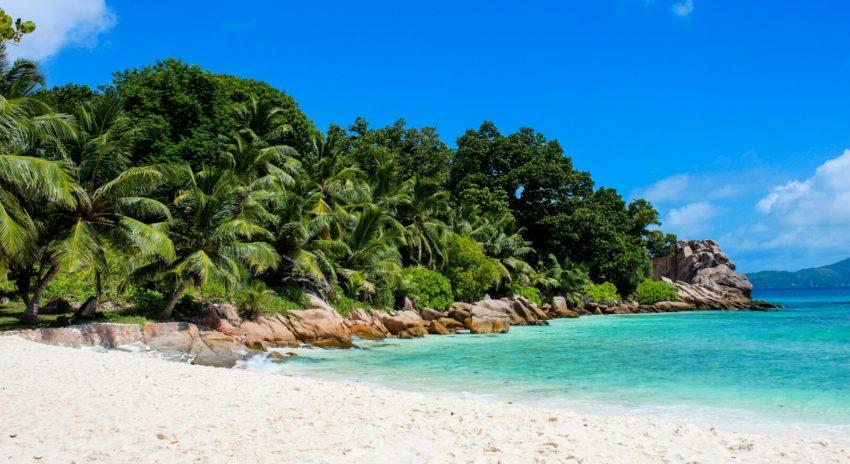 seychelles_la-digue_anse-severe-beach_1