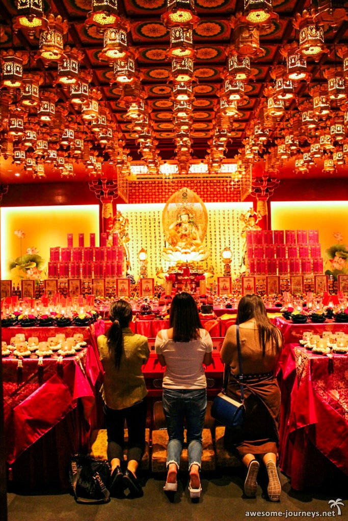 singapur_sightseeing_Buddha-Tooth-Relic-Temple_1